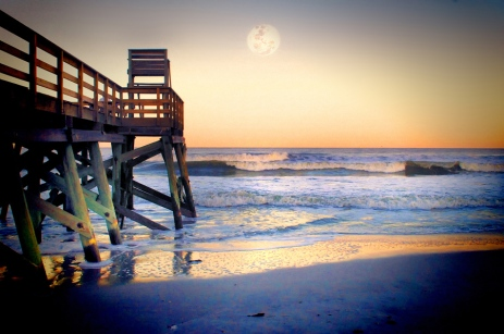 AB pier sunset moon2